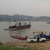 Lkw Fähre Nach Laos
