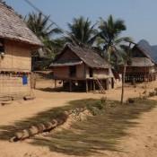Traditionelles Laotisches Dorf