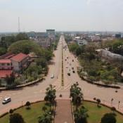 """Blick Auf Vientiane Vom Triumph Bogen """"patuxai"""""""