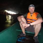 Im Boot Durch Die Höhle