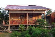 unser Bungalow (Si Phan Don – die 4000 Inseln im Mekong)