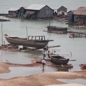 Schwimmedes Vietnamesisches Dorf