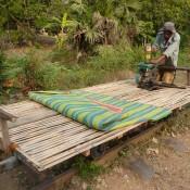 Der Bambus Zug Wird Vollgetankt