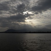 Sonnenuntergang über Dem Bokor Hill