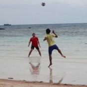 Fussballspielen Mir Khai Am Sairee Beach