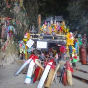 Phra Nang Cave Mit Phallusschrein