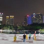 Park Hinter Den Petronas Twin Towers