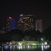 Wassershow Im Park Hinter Den Petronas Twin Towers