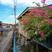 Spaziergang Durch Kampong Ayer