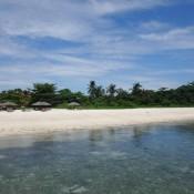 Strand Für Die Urlauber Auf Der Insel Mabul