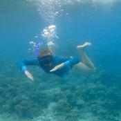 Nicole Beim Schnorcheln Vor Der Insel Sibuan