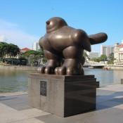 """""""fat Bird"""" Statue"""