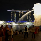 Marina Bay Sands Hotel Und Merlion Bei Nacht