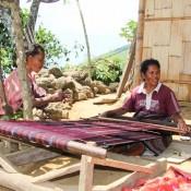 Weberin In Einem Kleinen Traditionellen Dorf
