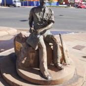 Paddy Hannan Statue