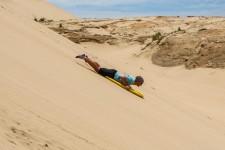 ab geht's (Sandsurfing und endlos lange Strände)