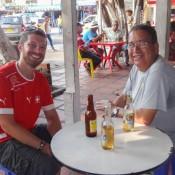 Das Erste Bier Am Nachmittag Mit Julio