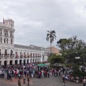 Am Plaza Grande