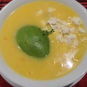 Typisches Gericht: Locro De Papa – Kartoffelsuppe Mit Avocado Und Käse