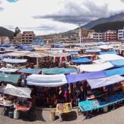 Markt Auf Dem Plaza De Ponchos
