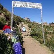 Eingang Zum Dorf Yumani