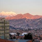 La Paz Und Der Schneebedeckte Berg Illimani